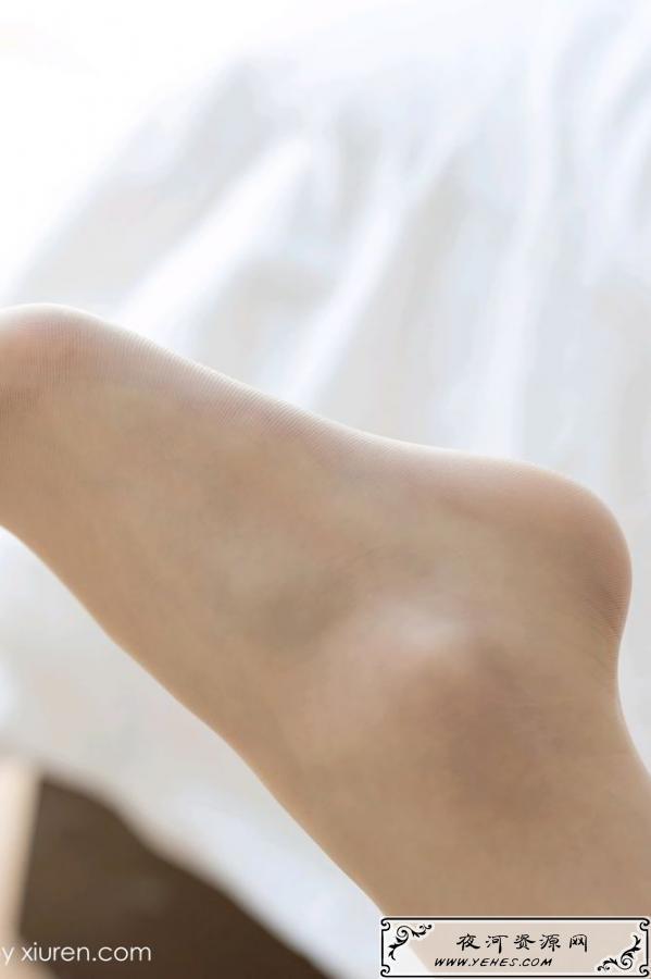 标准软妹子的美腿盛宴美女写真集丝袜诱惑